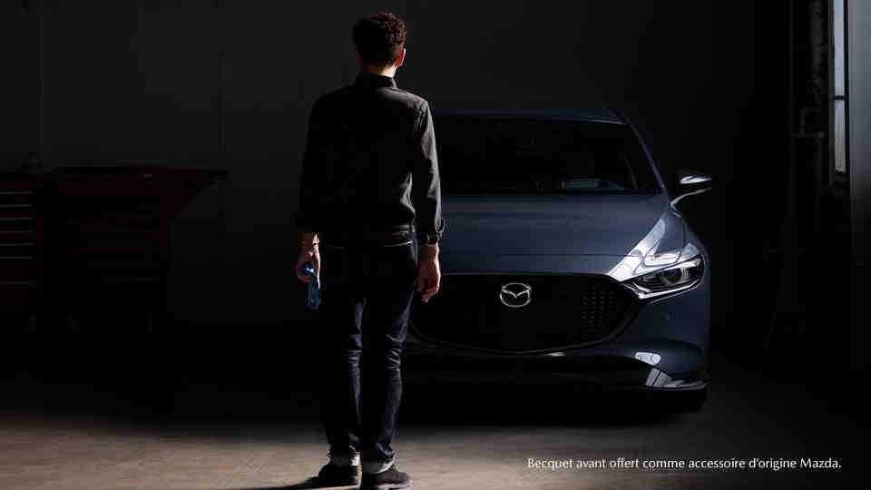 Qui produit les moteurs Mazda?